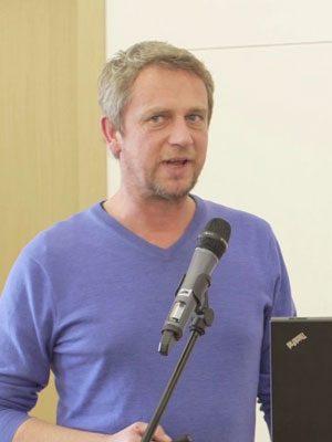 JONAS BÜCHEL